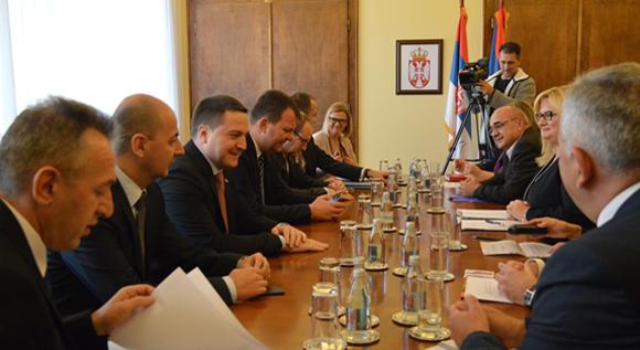 Мировић и Ружић са начелницима округа о унапређењу рада инспекција