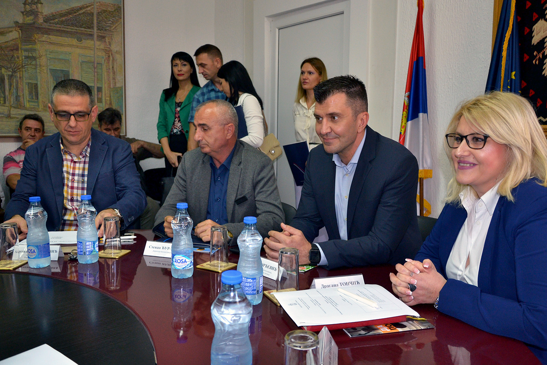 Министар Ђорђевић у посети Пиротском округу